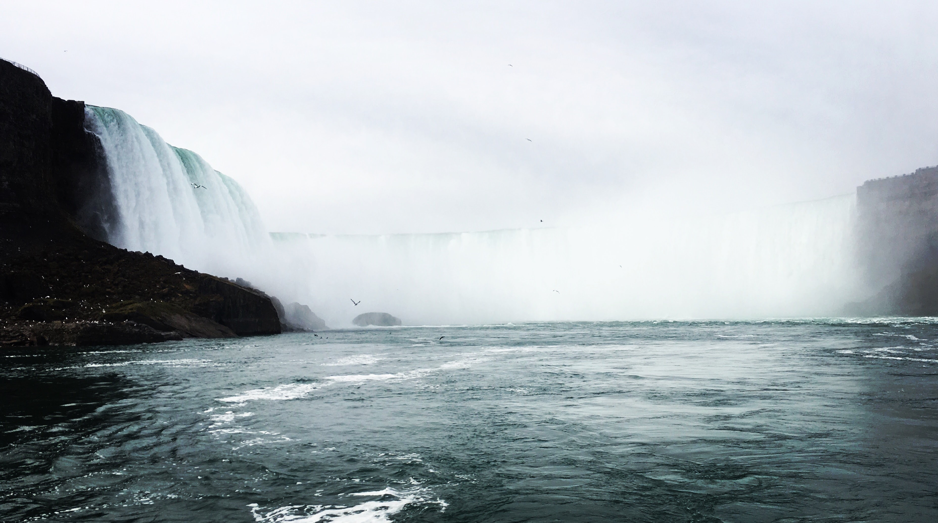 View of Niagara Falls from the Maid of the Mist